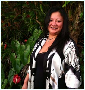 Hawaii Lomi Lomi Massage practitioner